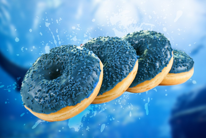shark-week-blue-slurpee-donut